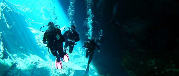 Mexico - Cenote Chac Mool